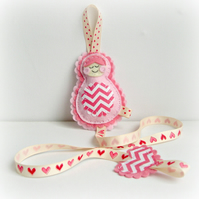 Russian Doll Hair Clip Hair Bow Holder Tidy Pink Chevrons