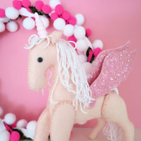 Unicorn Pegasus Free Standing Ornament Decoration Cake Topper