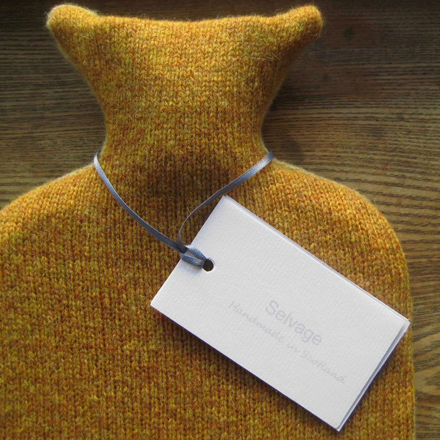 Hot water bottle pure wool yellow