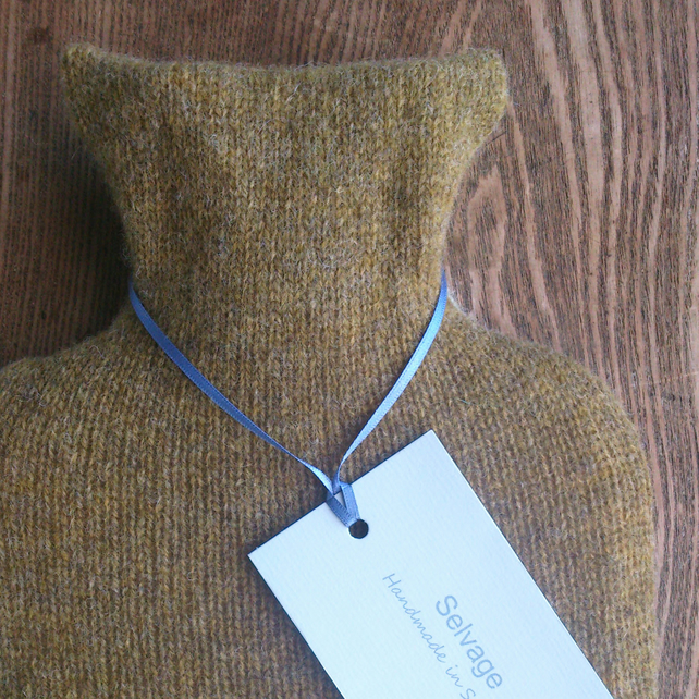 Hot water bottle pure wool olive