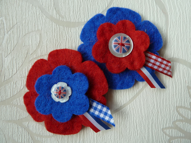 felt flower brooch with union jack button