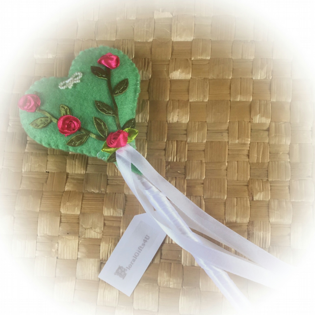 Padded Heart Fairy Wand in light green felt, decorated with ribbon roses
