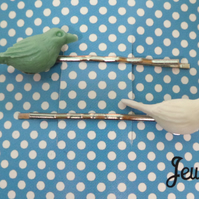 Blue Bird Collection Pair of Resin Blue and White Bird Hairgrips