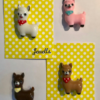 Llama Alpaca resin brooch kitsch 4 colours