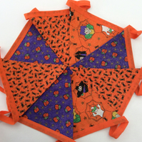 Halloween Bunting, with Sparkly Spiders, Glittery Pumpkins and Witches Fabric