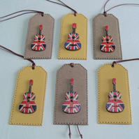 Pack of 6 Union Jack Guitar Button Gift Tags