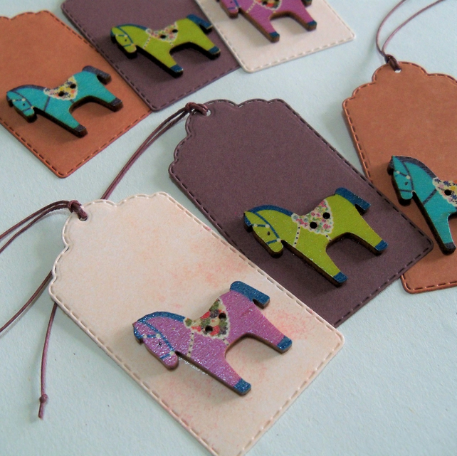 Pack of 6 Dala Horse Button Gift Tags