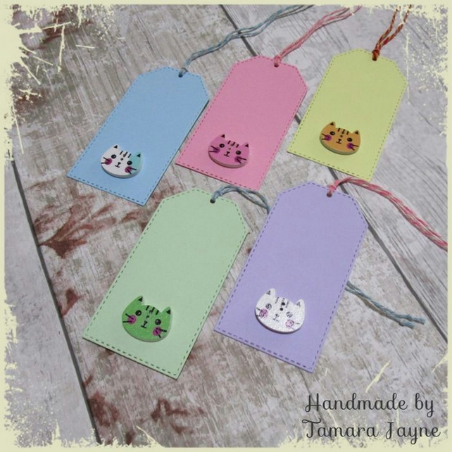 Pack of 5 Large Cat Face Wooden Button Gift Tags