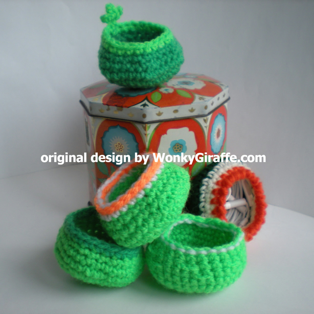 CROCHET PDF Earphone Cosy PATTERN - Earbud Case Pouch - emailed eBook