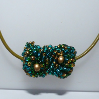Green and gold seed bead necklace