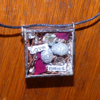 Magpie nest shadow box Love Nest necklace