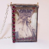 Queen of diamonds necklace red shadow box