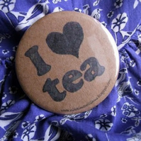 "I Heart Tea"" Pin Badge"