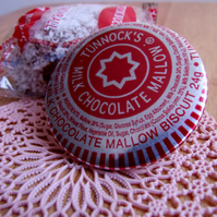 Tunnock's Teacake Pin Badge