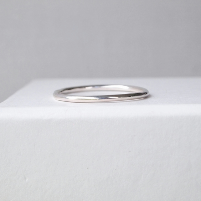 Silver Band Ring. 1.5mmThick Plain Silver Ring