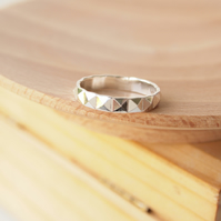 SIlver Textured Geometric Plain Band Ring in Sterling SIlver