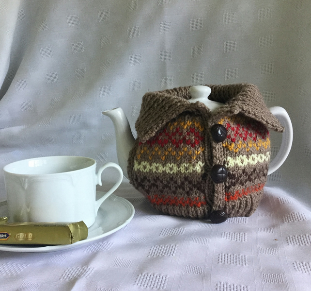 Knitting pattern, Fair Isle  tea cosy.  PDF file. Charity