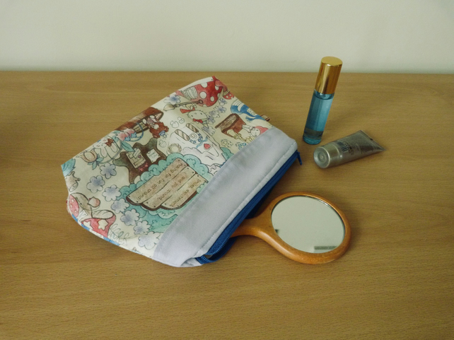 Medium zipped make up bag, pencil case or project bag.