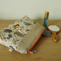 Zipped Make up pouch, pencil case or project bag.