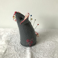 Cute felt  mouse pincushion with  embroidery.