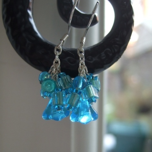 *SALE* Turquoise cluster earrings