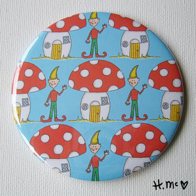 Large Toadstool 7.5cm Pocket Mirror