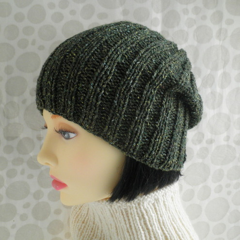 Easy Slouchy Hat Knitting Pattern Straight Needles : SLOUCH HAT KNITTING PATTERN STRAIGHT NEEDLES   KNITTING ...