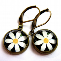 White Daisy Flower Earrings Glass And Brass Nickel And Lead Free