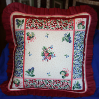 Cushions Cover - Strawberries and Cream