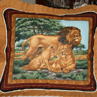 Cushions Cover - Wildlife  - Lions