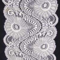 Lace - 12 - Large Flower - 15 cm
