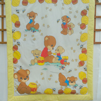 Patchwork Quilt - Teddy and the Honey Bees Quilt