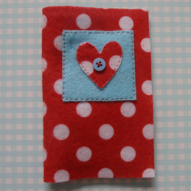SUMMER SALE - PolkaDot Felt Needle Case.