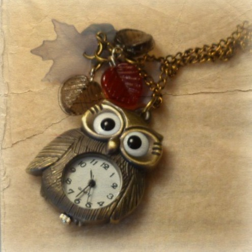 Woodland Owl Watch Cluster Pendant
