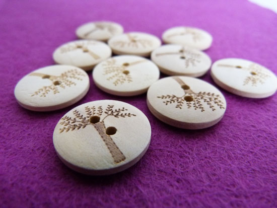 10 Wooden tree buttons from Inky Pixie