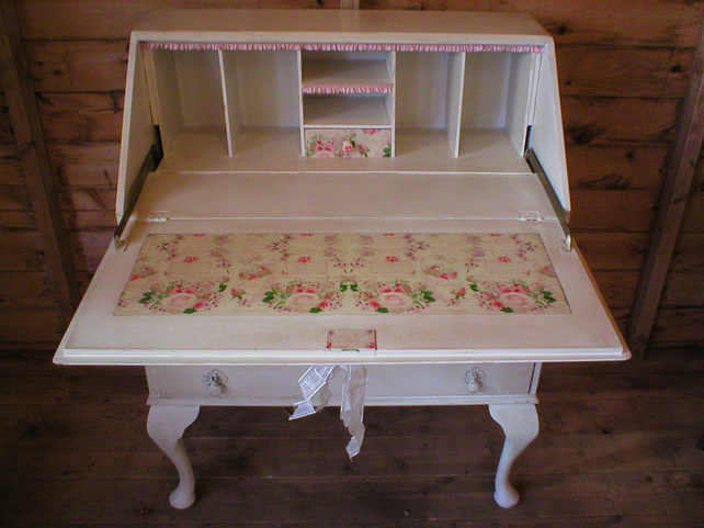 sold sold shabby chic romantic bureau desk dec folksy. Black Bedroom Furniture Sets. Home Design Ideas