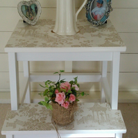 Chic step stool side table bedside table Japanese garden theme