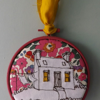 "4"" appliqued cottage hoop"