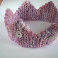 Knitted Toddler Crown