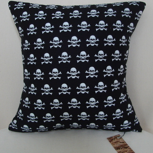 Pirate skull & cross bones cushion - perfect for a boy's bedroom!