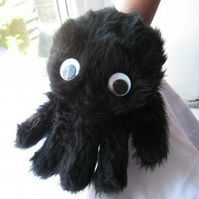 Black Itsy bitsy spider puppet (right handed)
