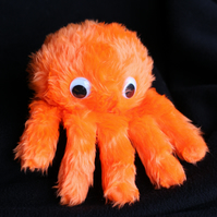Itsy bitsy spider puppet (orange) (LEFT handed)