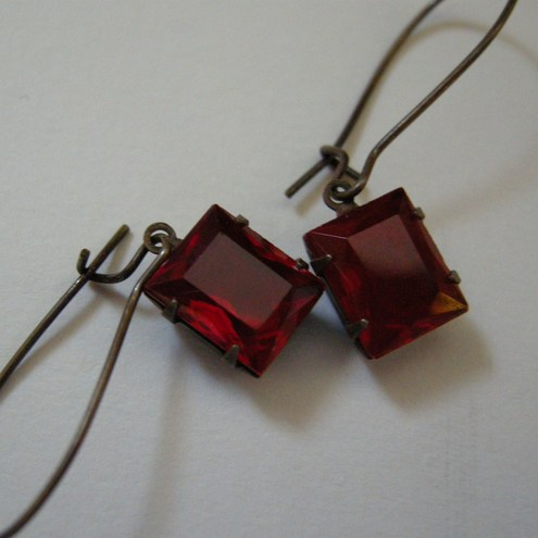Vintage Ruby Red Earrings
