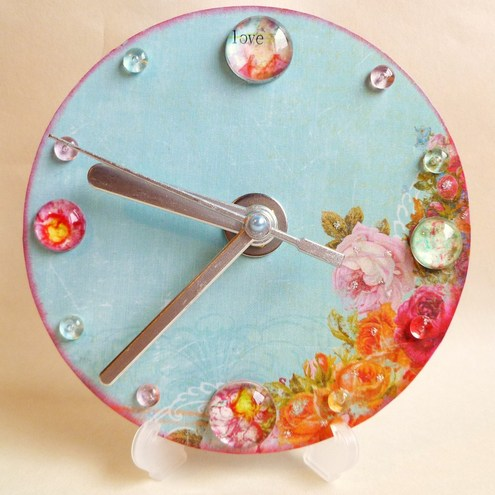 Blue and Pink Rose Clock