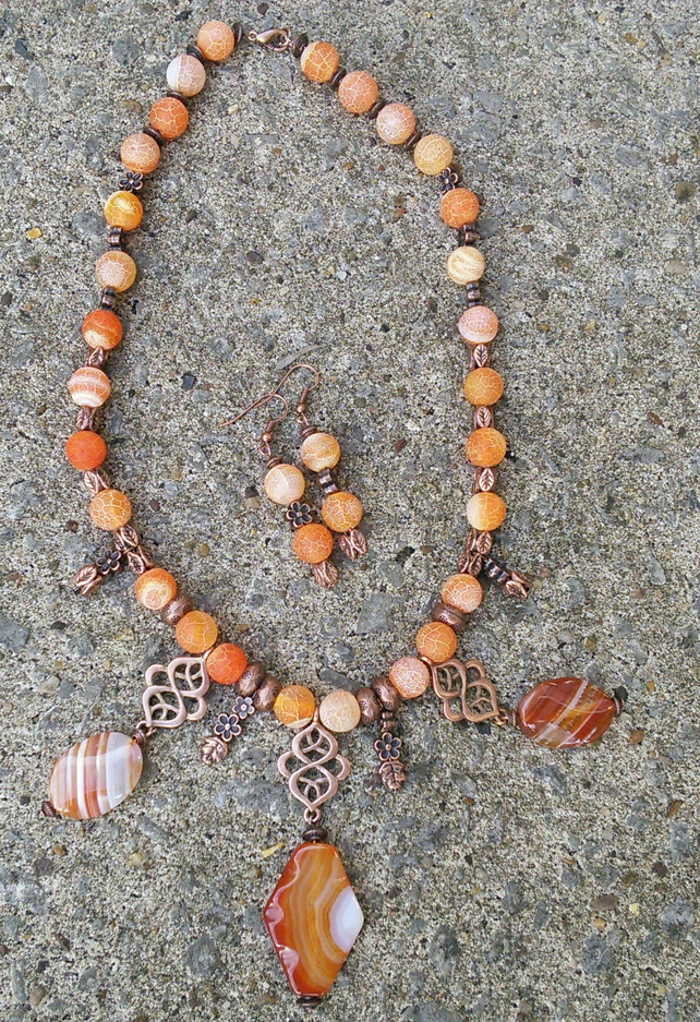 Autumn agate and copper bib set