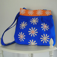 Daisy Bag in Bright Blue
