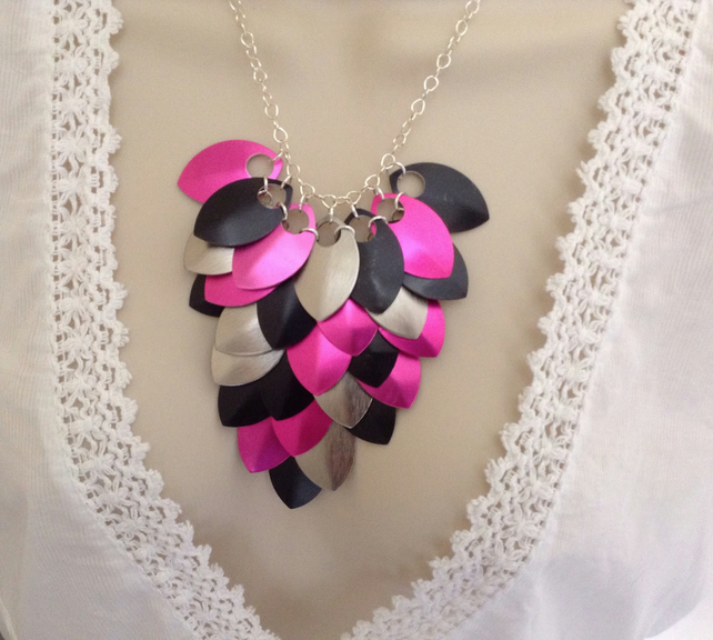 Pink and Black Necklace, Chainmaille Necklace, Colourful Necklace, Emo Jewellery
