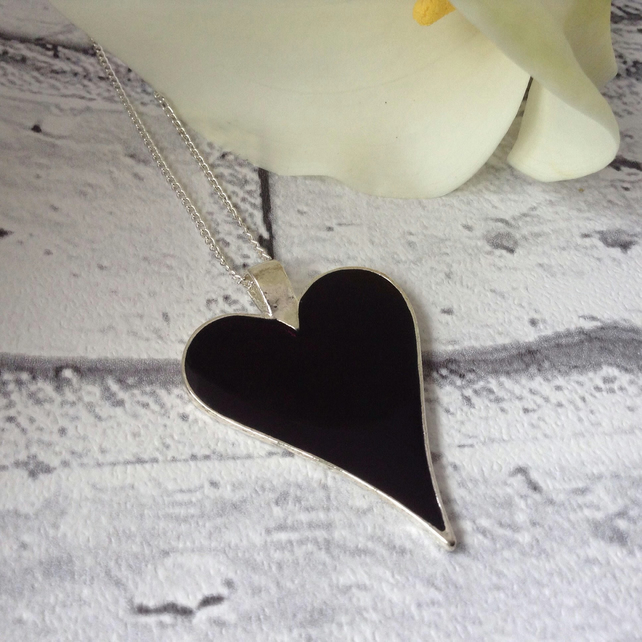 Black Resin Heart Pendant, Gift For Goth, Grunge Style Jewellery, Emo Jewellery
