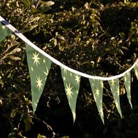 Gold star on green Christmas Bunting