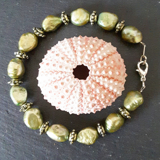 Larger Pearl Bracelet